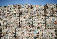 Enormidade de sacolas plásticas resgatadas do meio ambiente