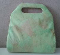 Clutch de tetrapak revestida com tecido feito de filtros de café