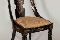 Cadeira chinesa de 1850 feita em papel machê